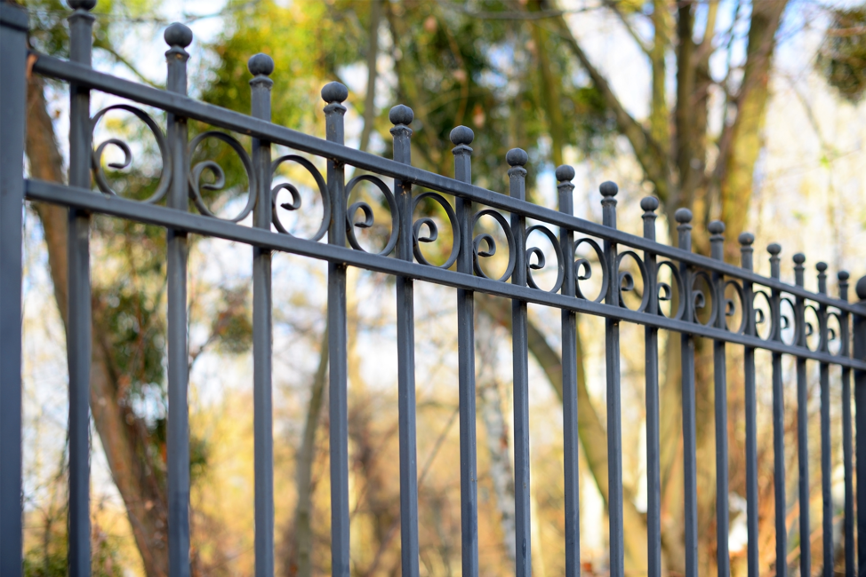 professional-fence-company-lake-forest