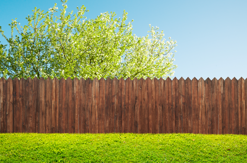 residential-wood-fence-lake-zurich