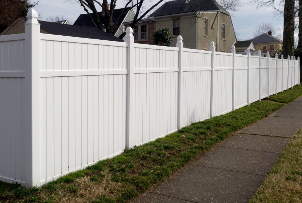 vinyl-residential-fence-northbrook