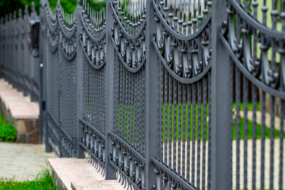 iron-fence-installation-deerfield-illinois